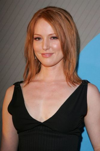 8 Alicia Witt Hairstyles Long Red Haircuts Amp Colors