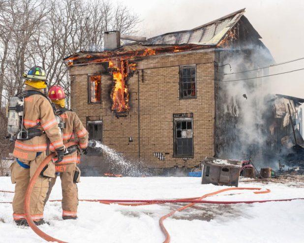 12-29-17 fire web-1754