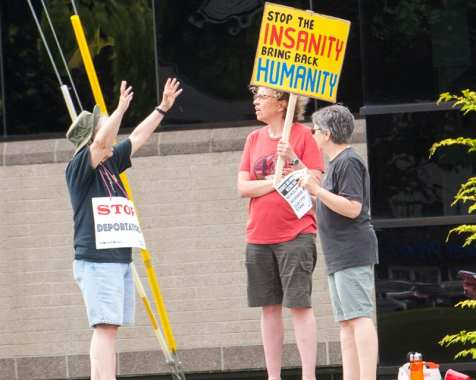 protest web-5733