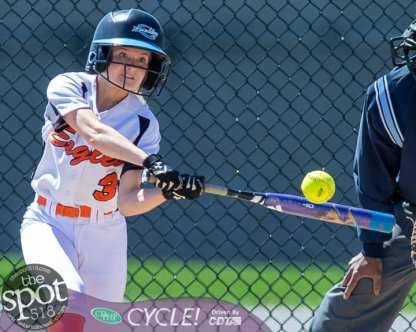 beth-shaker softball-2311