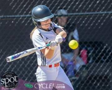 beth-shaker softball-2775