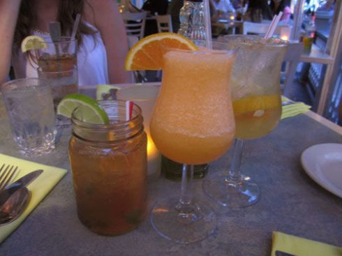 A #travel guide for a girls weekend in Cape May | spotofteadesigns.com