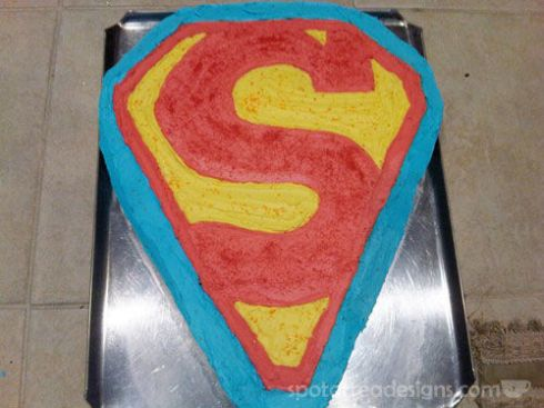 Superman Birthday Cakeb spotofteadesigns.com