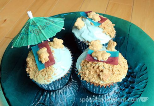 Sand and Sea Cupcakes | spotofteadesigns.com