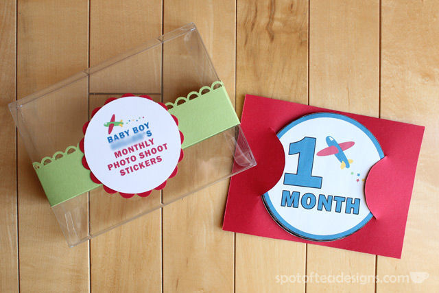 DIY Monthly Belly Stickers: baby Shower gift | spotofteadesigns.com
