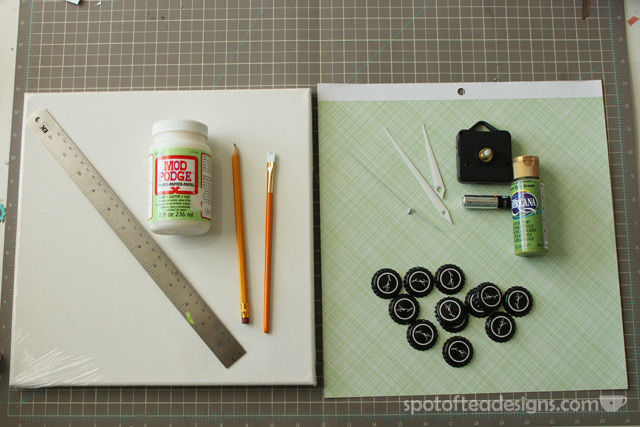How to make a beer cap clock - perfect #fathersday gift! #diy   spotofteadesigns.com