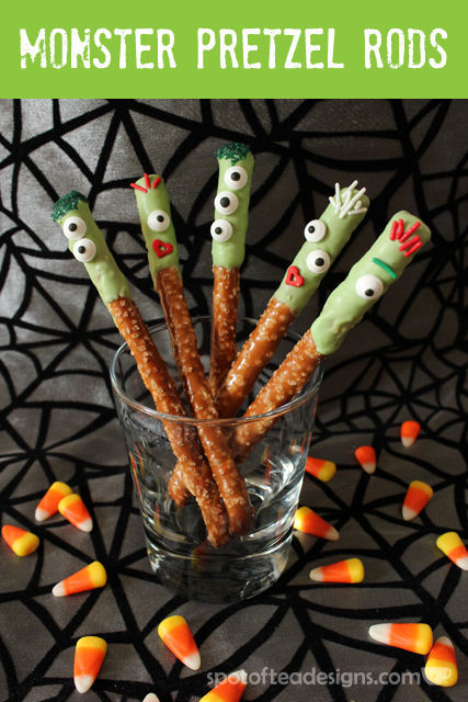 Quick and Eay #Halloween treat: Monster Pretzel Rods | spotofteadesigns.com