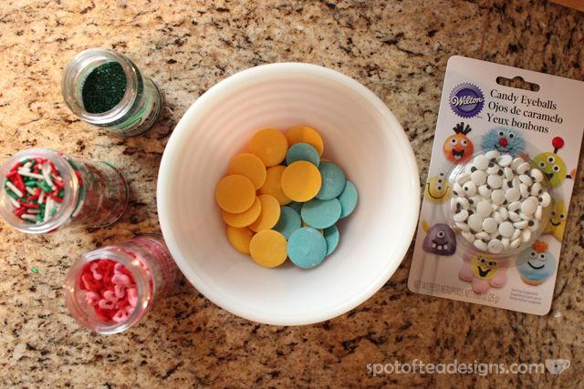 Quick and Eay #Halloween treat: Monster Pretzel Rods | spotofteadesigns.com