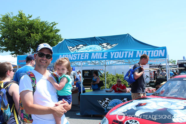 Family Weekend at Dover International Speedway @Monster Mile #FedEx400 #ic #ad | spotofteadesigns.com