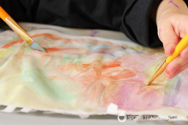 Kids Craft: Summer Popsicle Garland #kidscraft | spotofteadesigns.com