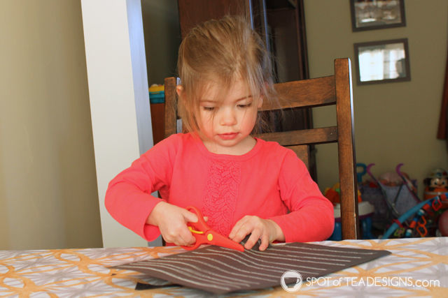 Top 10 Favorite Items for 2 year olds - safety scissors | spotofteadesigns.com