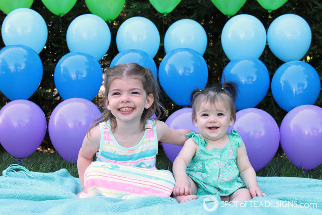 Birthday party invitation using diy balloon wall backdrop | spotofteadesigns.com