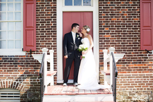 Spotofteadesigns.com Wedding, photographed by Brad Ross Photography - old house for backdrop