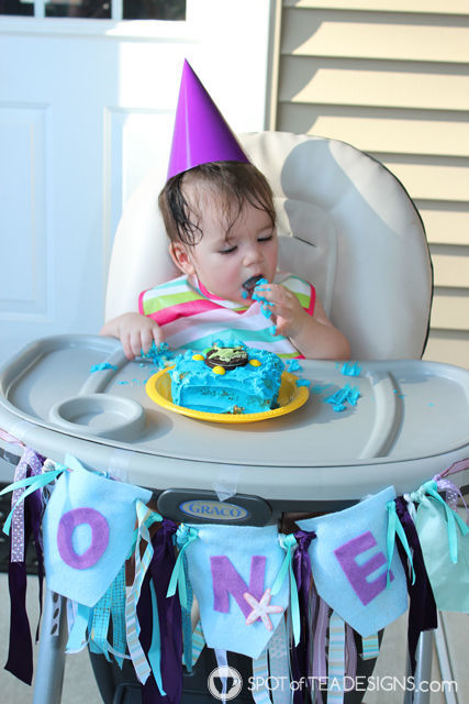 Ribbon Scrap High Chair Garland for First #Birthdayparty Tutorial | spotofteadesigns.com