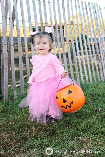 diy-pig-costume-young-toddler