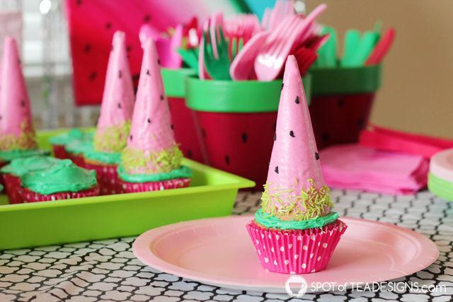 Watermelon Cone Cupcakes - bright and colorful summer dessert! | spotofteadesigns.com