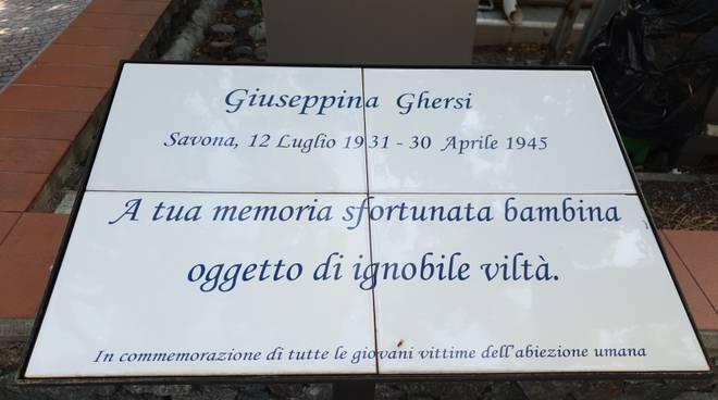 """Mazzo di fiori sulla lapide di Giuseppina Ghersi, Saccone (Fdi):""""Sinistra ammetta sue colpe"""""""