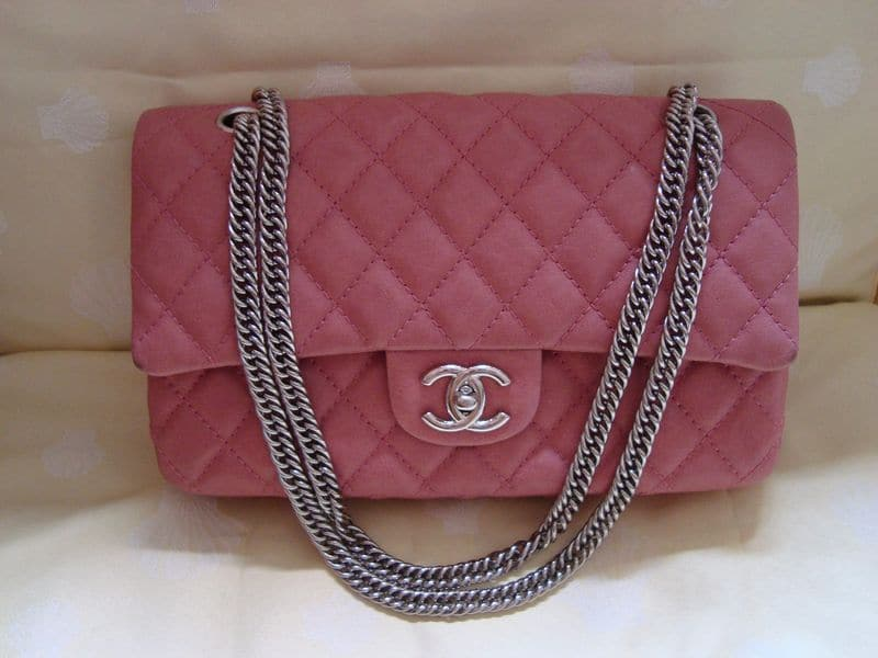 7b686a6abb99e1 ... Mini Flap Heart Valentine · Chanel Bag Types Of Chains Reference Guide  Spotted Fashion