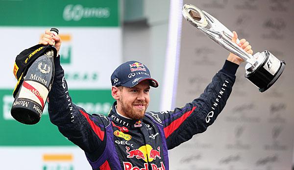 Vettel Hlt WM Pokal In Hnden
