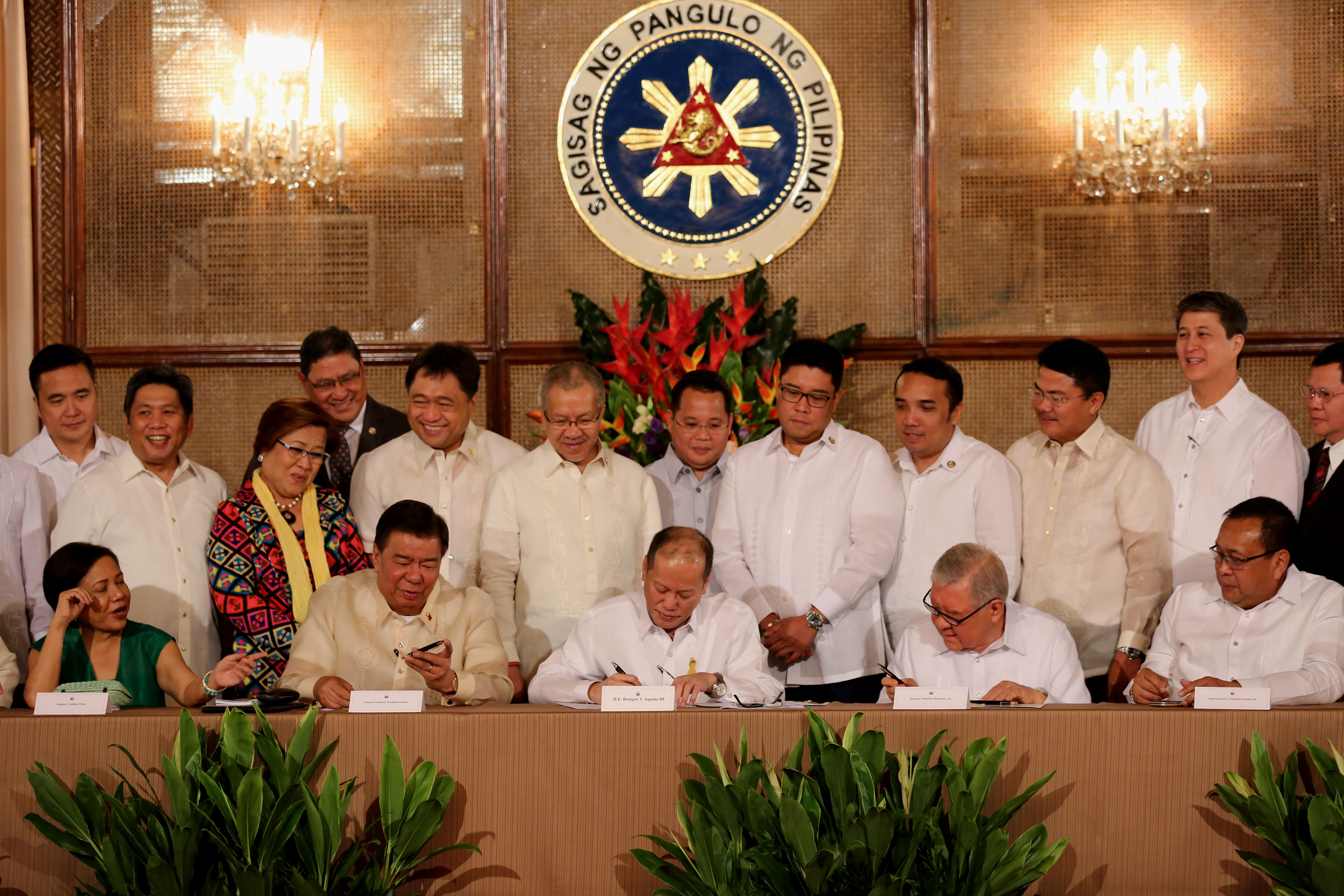 Philippines sign Competition Act and amends existing Cabotage Law
