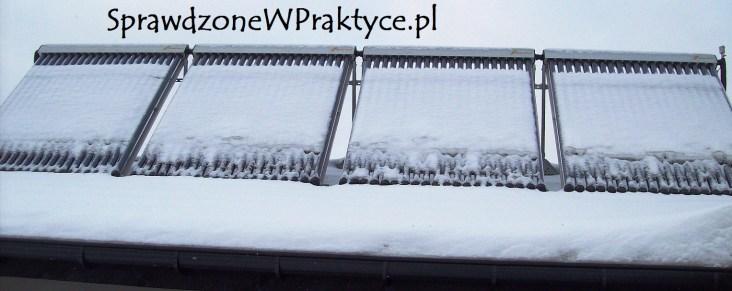 Kolektory słoneczne pod śniegiem