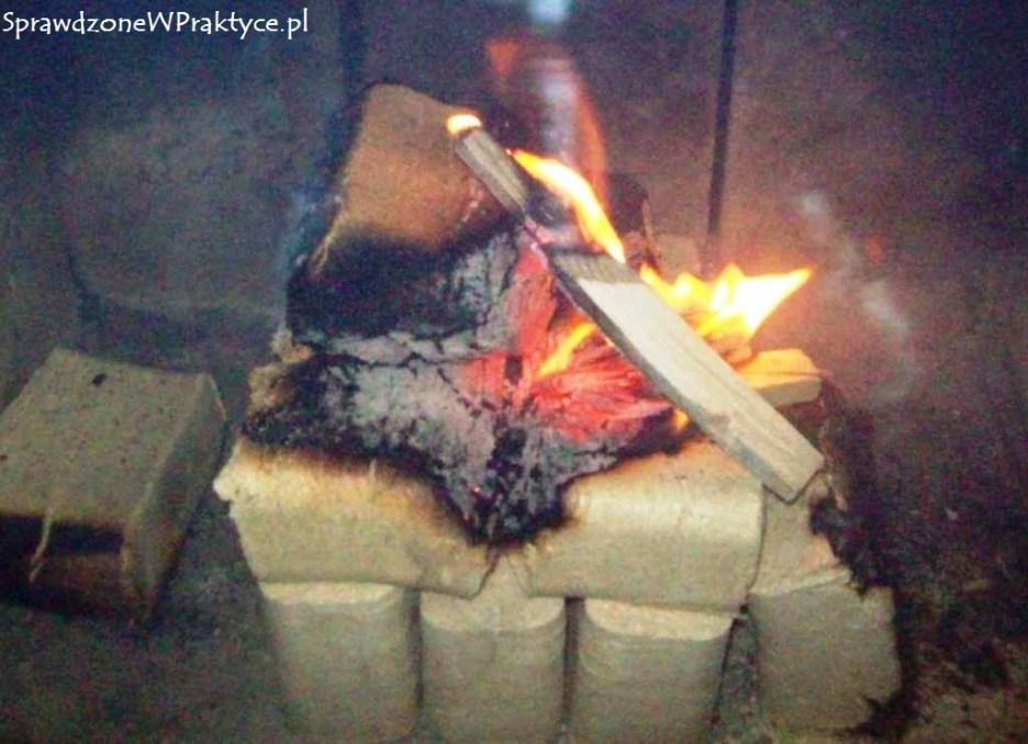 podejście trzecie do rozpalenia brykietu