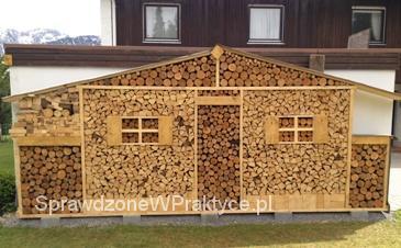 drewno-przy-scianie