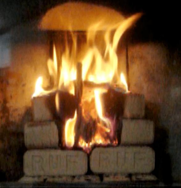 brykiet płonący od góry