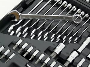 zestaw kluczy dla każdego