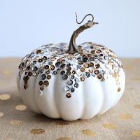 DIY: Sequined Pumpkin