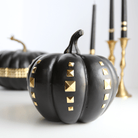DIY: Studded Pumpkins