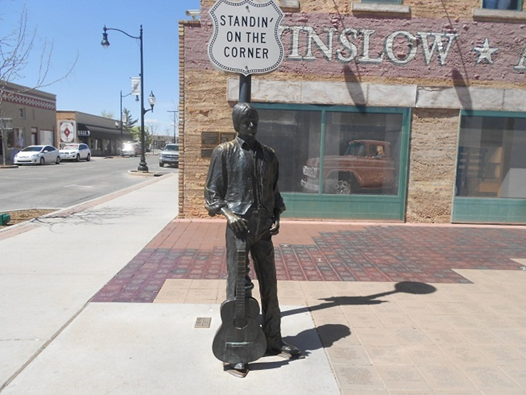 glenn-frey-statue-winslow-arizona