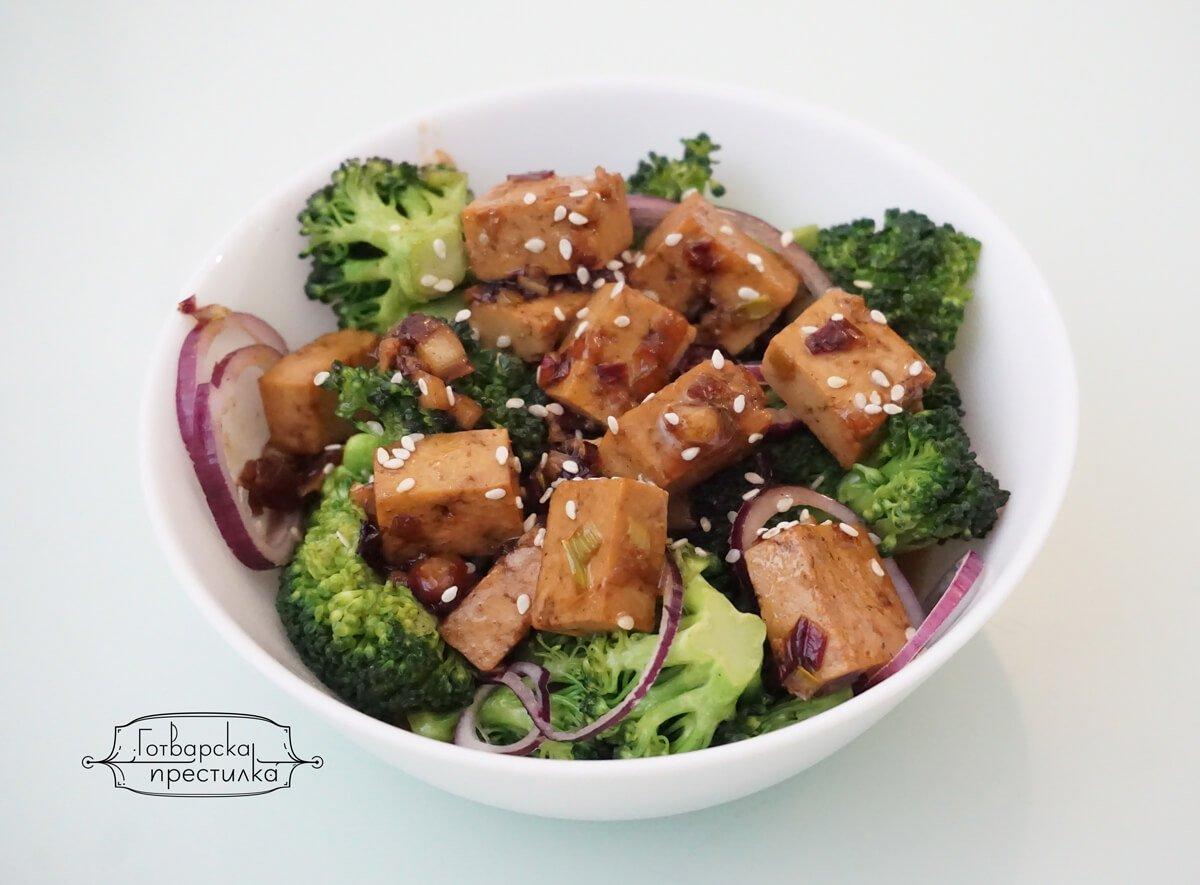 тофу с броколи и сос терияки