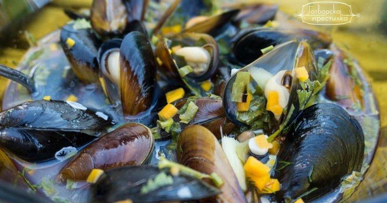 Лесна рецепта за пикантни черноморски миди