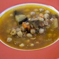 пикантна супа с нахут и патладжан