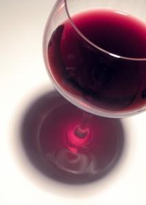 Jemandem reinen Wein einschenken - © supafine, morguefile.com