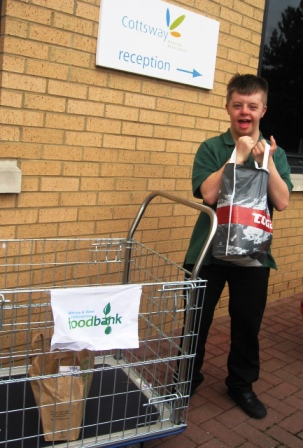 Foodbank delivery 002
