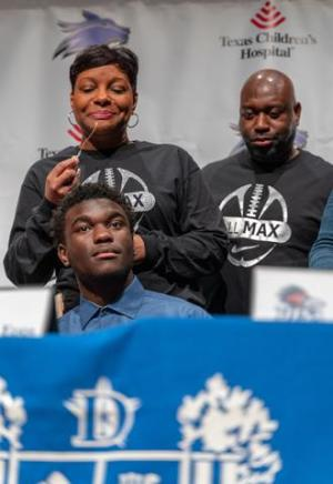 Maxwell Epps parents express their gratitude to the Dekaney High School staff as their son prepares for his future at Texas A&M - Commerce
