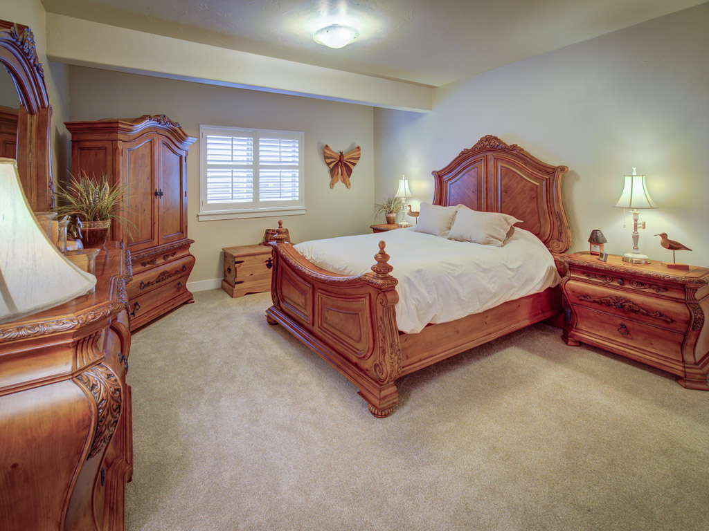 coyote-willow-bedroom-2