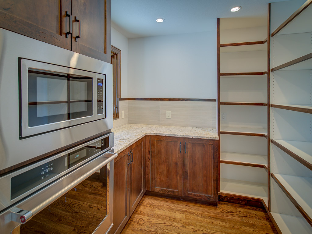 old-broadmoor-butlers-pantry