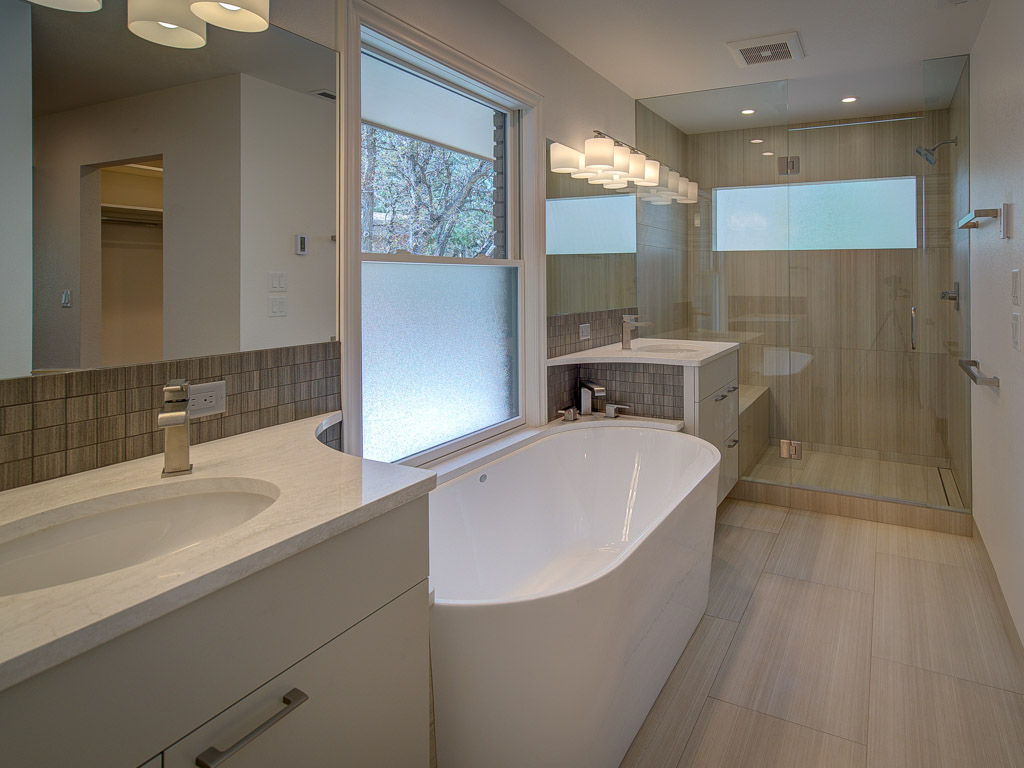 old-broadmoor-master-bath