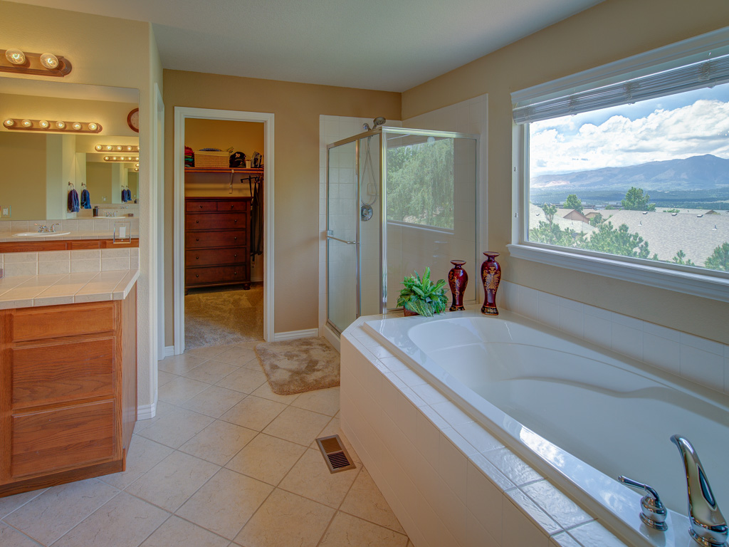 woodmont-master-bath