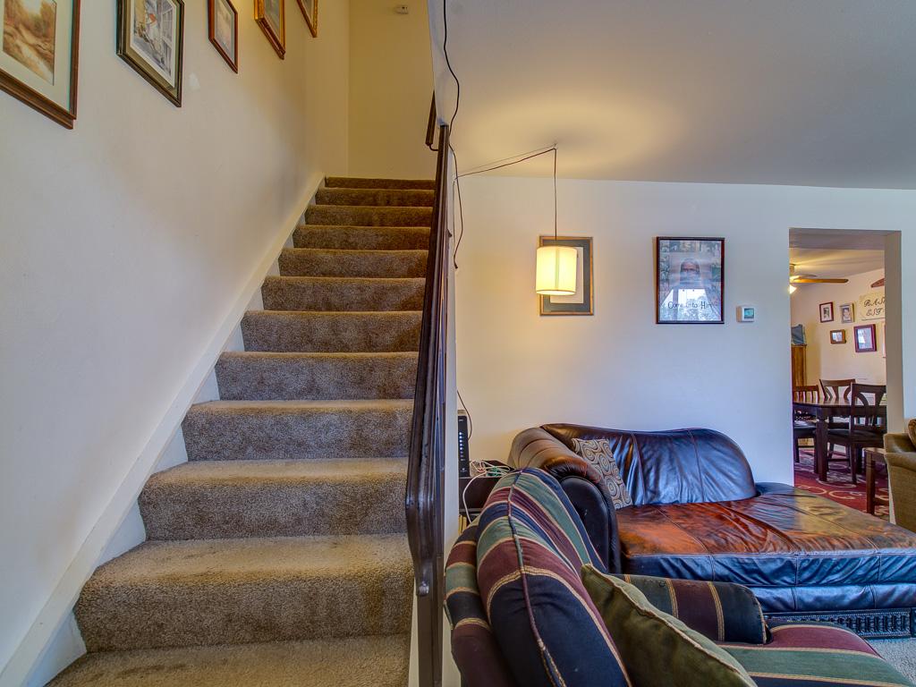 Cree-Stairway