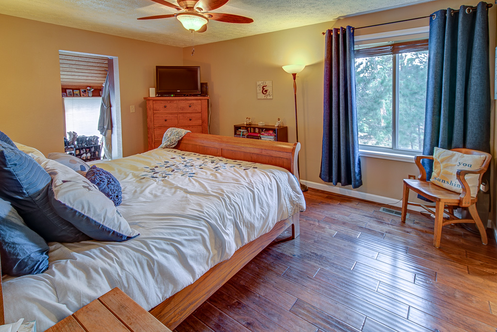 Herring-Master Bedroom3