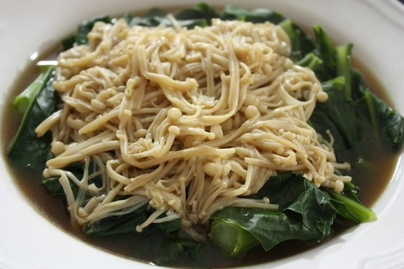 Kai Lan with Enoki Mushrooms