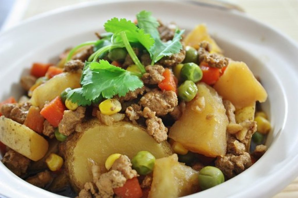 Minced Pork with Potatoes