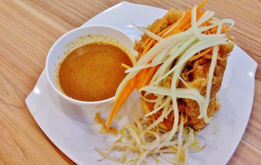 Ayam Penyet President Tahu Telor