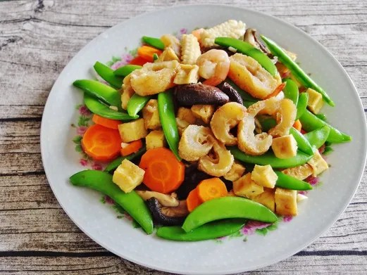 Stir Fried Sea Cucumber with Tofu and Vegetables