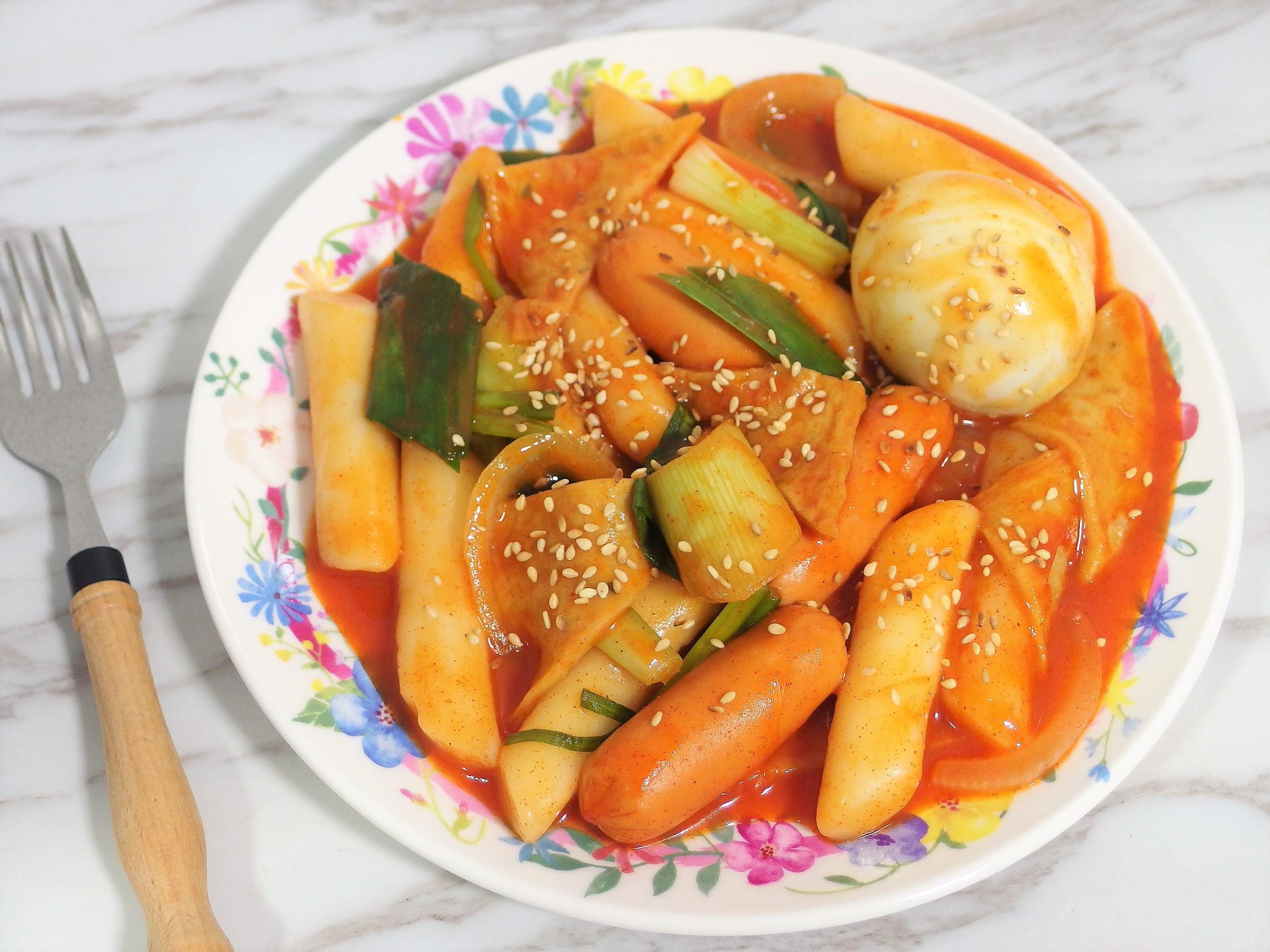 Tteokbokki Recipe - Spicy Korean Rice Cakes