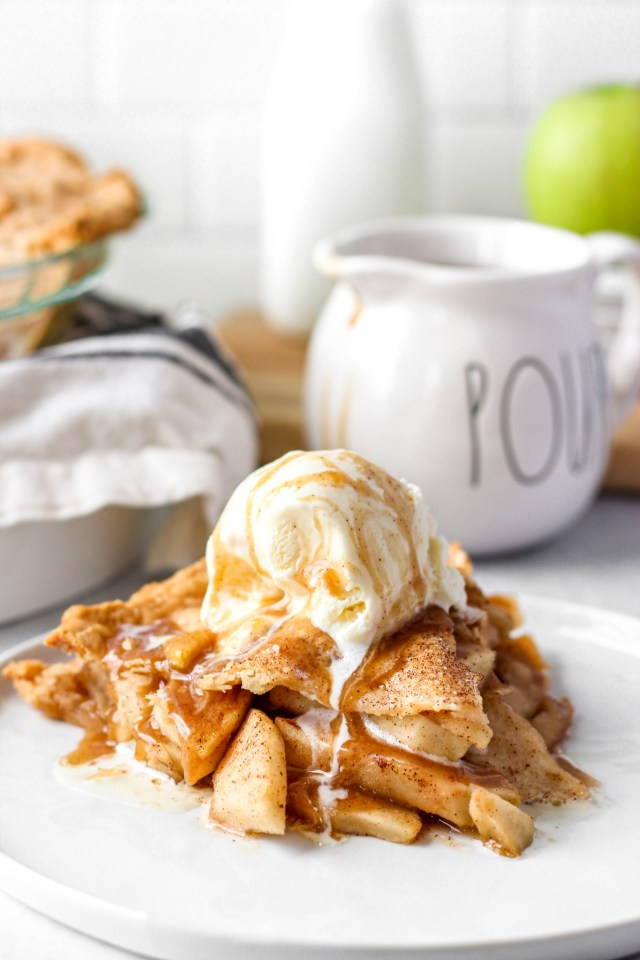 Thin Sliced Apple Pie